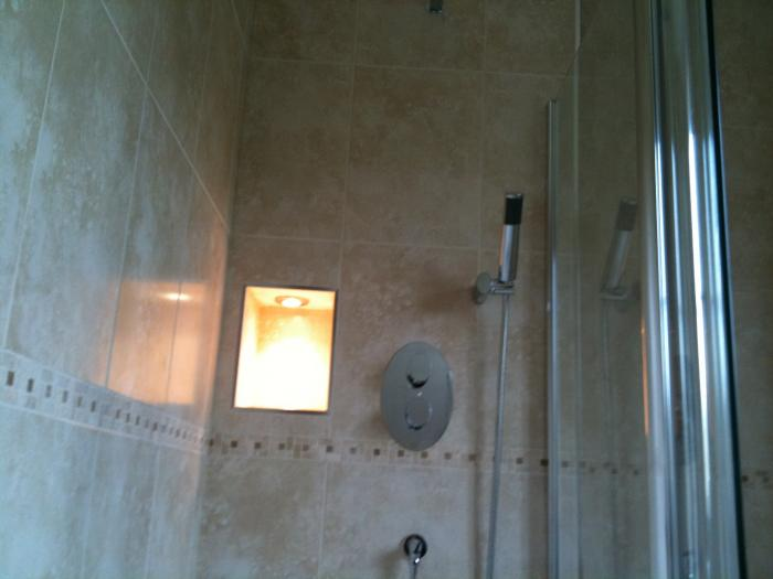 Bathroom Installation Verwood 3 Ceramic Wall And Floor Tiles JPG 1319808061